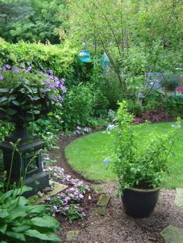 Garden designs with urns
